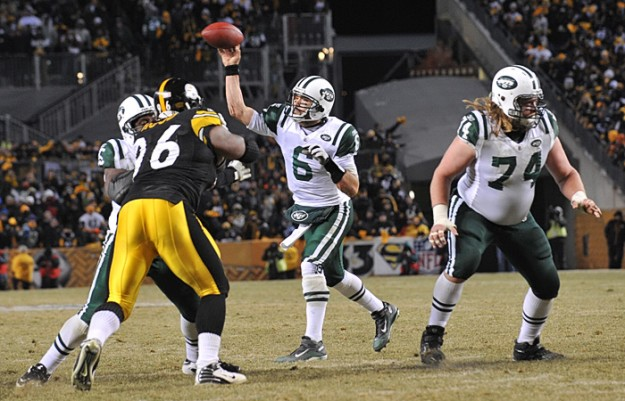 New York Jets vs Pittsburgh Steelers in the NFL AFC Championship game.